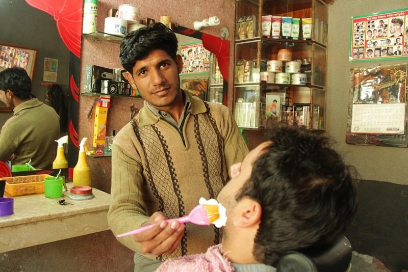 Help Shehzad upgrade his barber shop