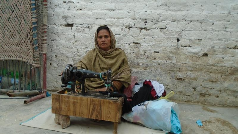 Help  Khanum and pull her out of poverty.
