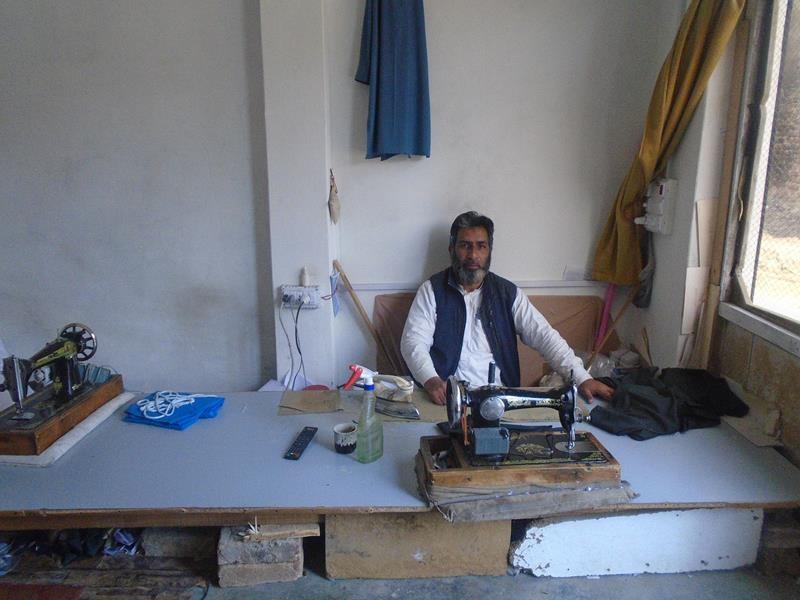 Help  Nasir  expand his shop