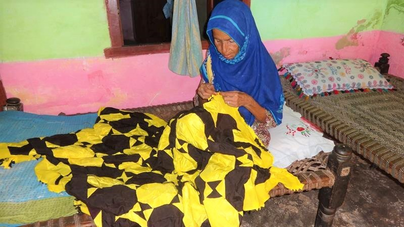 Husna Wants To Help Her Family