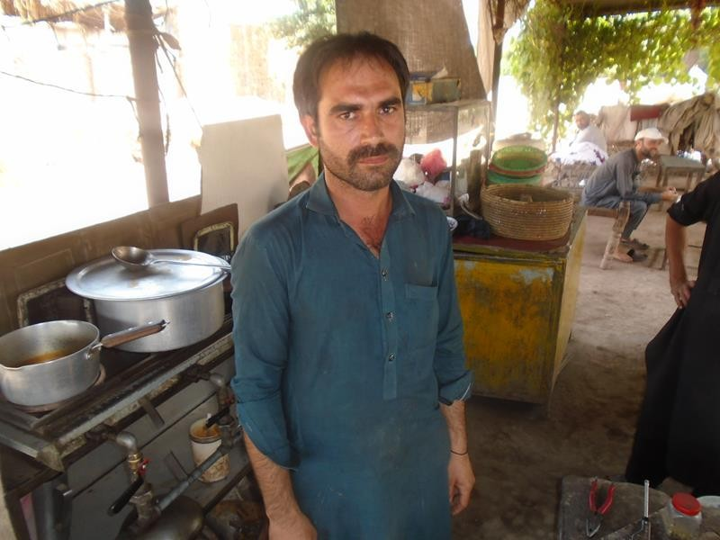 Help Muhammad Sareer To  Expand His Business.