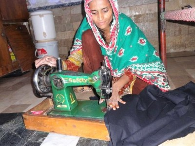 Help Sania Improve Her Earnings