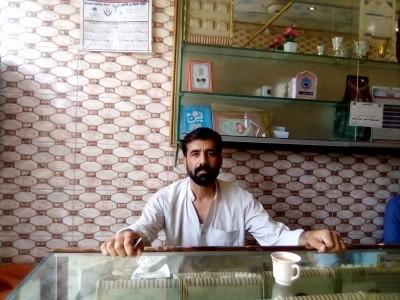 Help Naveed to uplift his financial situation
